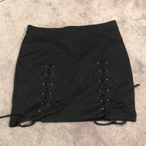 Black skirt with tie up